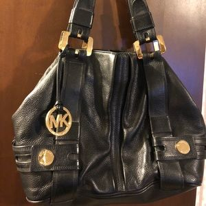 Black Michael Kors leather shoulder purse